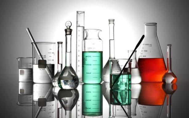 فروش شیشه آلات آزمایشگاهی و بیمارستانی   ظروف شیشه ای پیرکس
